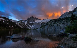 Preview wallpaper Lake, mountains, dusk, clouds