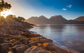Preview wallpaper Coles bay, Tasmania, Australia, sea, mountains, sun