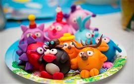 Crianças coloridas de argila de desenhos animados, brinquedos