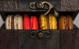 Preview wallpaper Cookies, colorful macaron, box
