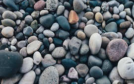 Many pebbles, stones