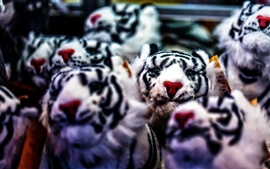 Preview wallpaper White tiger toys