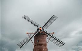 Ветряная мельница, небо