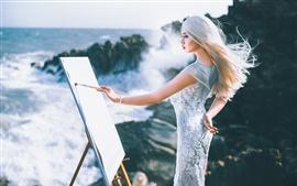 Pintura asiática de la muchacha en el tablero de dibujo, mar, ondas