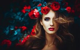 Aperçu fond d'écran Fille aux yeux bleus, fleurs roses, décoration de la tête