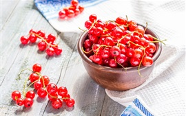 Preview wallpaper Fresh red currants