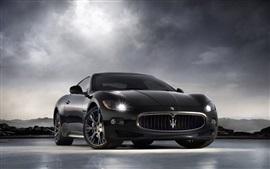 Maserati voiture noire, nuages, ciel