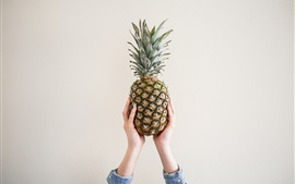Preview wallpaper Pineapple, hands