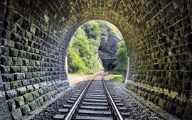 Ferrocarril, túnel, piedras