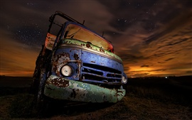 Rusty car, night, light
