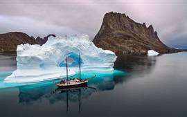 Sea, ship, ice, iceberg, winter