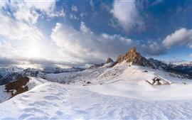 Nieve, montañas, invierno, cielo, nubes, paisaje de la naturaleza