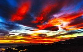 Закат, красочные облака, небо, горы, море, вечер