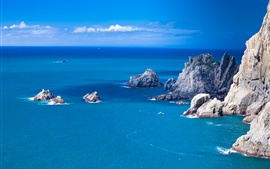 Aperçu fond d'écran Mer bleue, rochers, bateau, paysage naturel
