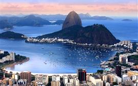 Brasil, Río de Janeiro, ciudad, montañas, bahía, costa, barcos, mar