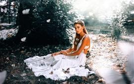 Vorschau des Hintergrundbilder Charm Mädchen, weißer Rock, Schmetterling, Blendung