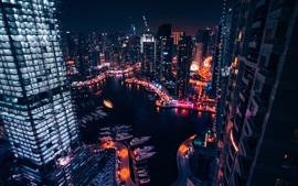 Cidade, noite, arranha-céus, luzes, rio, barcos, vista de cima