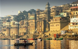 Preview wallpaper India, river, boats, city, seagulls