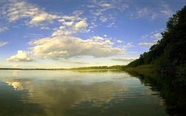 壁紙のプレビュー 湖、木々、雲、水の反射