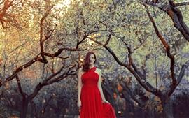 Vorschau des Hintergrundbilder Red Kleid Mädchen, Frisur, Bäume