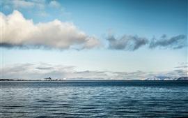 Aperçu fond d'écran Horizon de la mer, eau calme, nuages, ciel