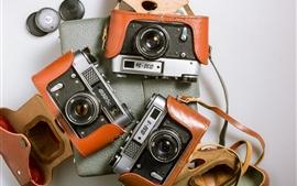 Três câmeras