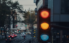 Preview wallpaper Traffic light, city, dusk