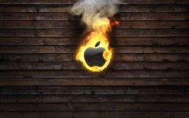 Apple ardiendo, fondo de tablero de madera