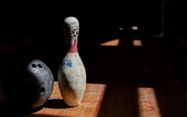 Preview wallpaper Bowling sports, ball