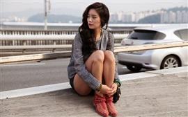 Clara Lee 01