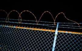 Preview wallpaper Fence, barbed wire, night