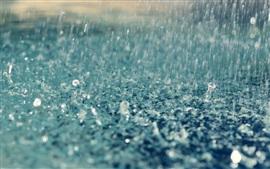 Vorschau des Hintergrundbilder Starker Regen, Wassertropfen