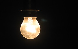 Preview wallpaper Light bulb in the darkness