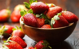 Preview wallpaper One bowl of strawberry, fresh fruit
