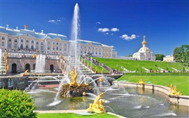 Preview wallpaper Peterhof Palace, fountain, people, Russia