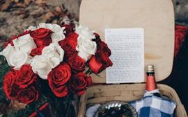 Aperçu fond d'écran Roses rouges et blanches, bouquet, vin