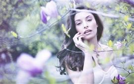 섹시한 여자, 봄, 수목