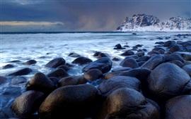Pedras, mar, montanha, anoitecer