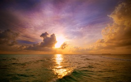 Preview wallpaper Sunset, sea, clouds, water surface