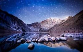 Vorschau des Hintergrundbilder Tilt-Shift-Fotografie, Berge, See, Steine, Sternen, verschwommen