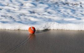 預覽桌布 球,沙灘,海,泡沫