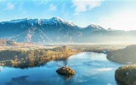 Bela Eslovénia, Lago Bled, manhã, névoa, montanhas, ilha