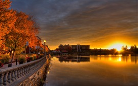 Preview wallpaper Canada, Quebec, Sherbrooke, promenade, lights, river, dawn, sunrise