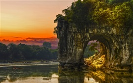 Preview wallpaper China, Guilin, Elephant Trunk Hill, river, rocks arch