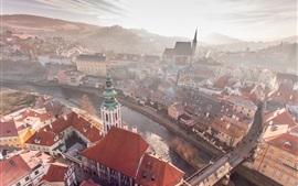République tchèque, Cesky Krumlov, ville, rivière, maisons, matin, brouillard