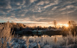 Preview wallpaper Dubna, village, frost, snow, river, winter, trees, cold morning