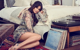 Preview wallpaper Lea Michele 04