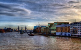 London, Thames River, boats, bridge, city, buildings, dusk