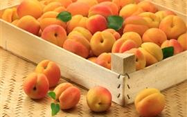 Muitos damascos, frutas maduras