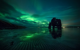 Preview wallpaper Northern lights, night, sea, rocks